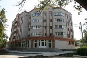 29-ти-квартирный-жилой-дом-со-встроенно-пристроенным-магазином-и-аптекой-по-ул.-Ленина,-170-б-в-г.-Батайске-(фото)
